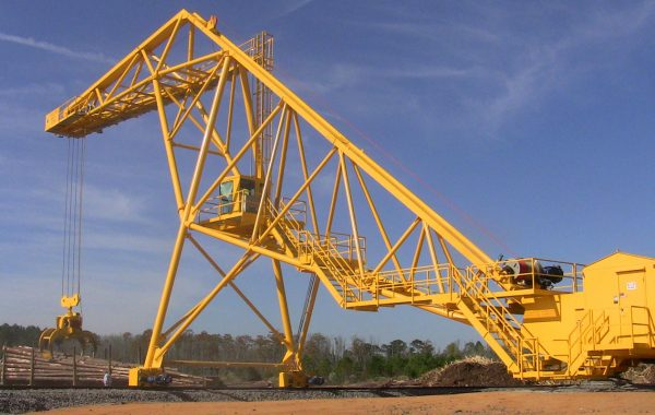FULGHUM 125ft RADIAL LOG CRANE